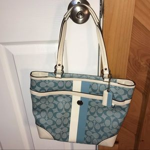 Coach large zipper tote purse
